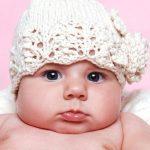 Örgü Bebek Şapka Patik ve Kaşkol